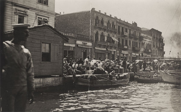 9th Sept 1922, evacuation of Greek civilians before the fire