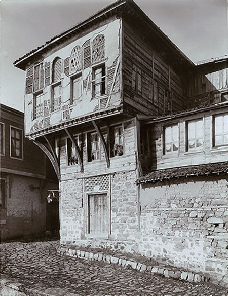 The dining house of Ferenc II Rokoczi, the exiled prince of Transylvania who lived here 1720-1735, the symbol of Hungarian emigrant life during the last centuries - building photographed c. 1905